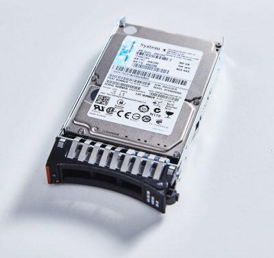 """44W2268 IBM 300GB 2.5"""" SAS 10K Rpm 6Gb/s Slim-HS SED, PN : 44W2268"""